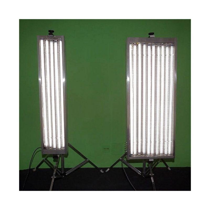 Refletor de Lâmpadas PL – 5 e 10 Lâmpadas